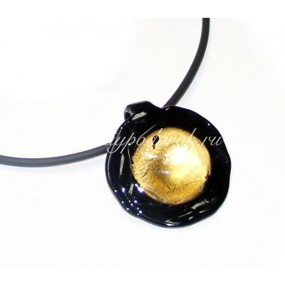 Подвеска черная с золотом круглая из муранского стекла